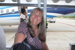 Glücklich auf Kuh Samui International Airport gelandet