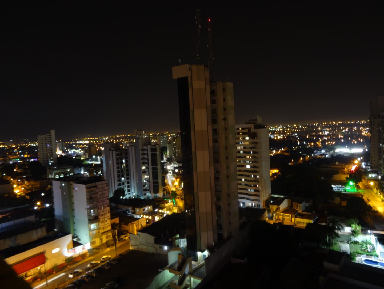 Cuiabá bei Nacht