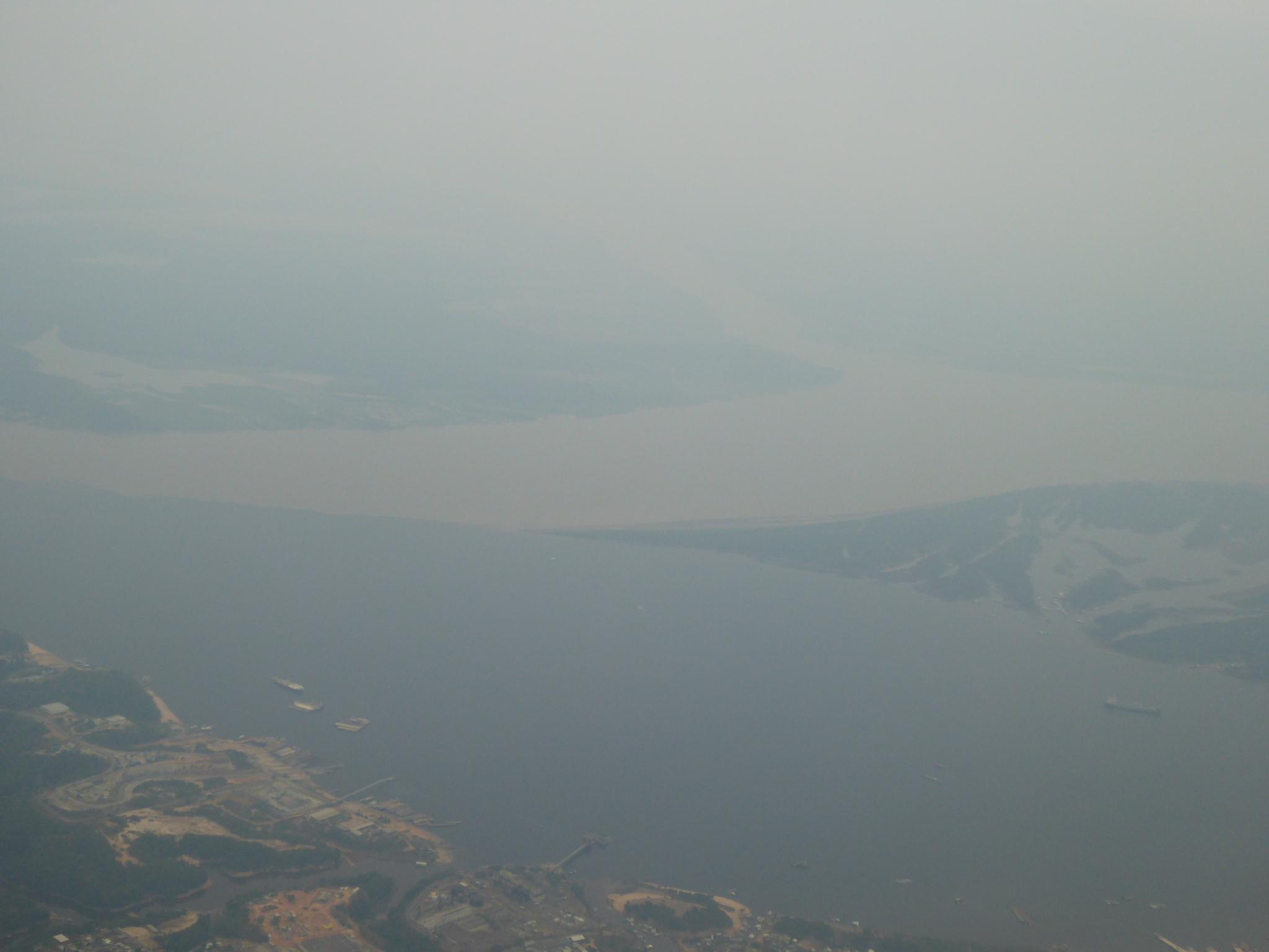 Das Treffen der beiden Flüsse aus der Luft gesehen