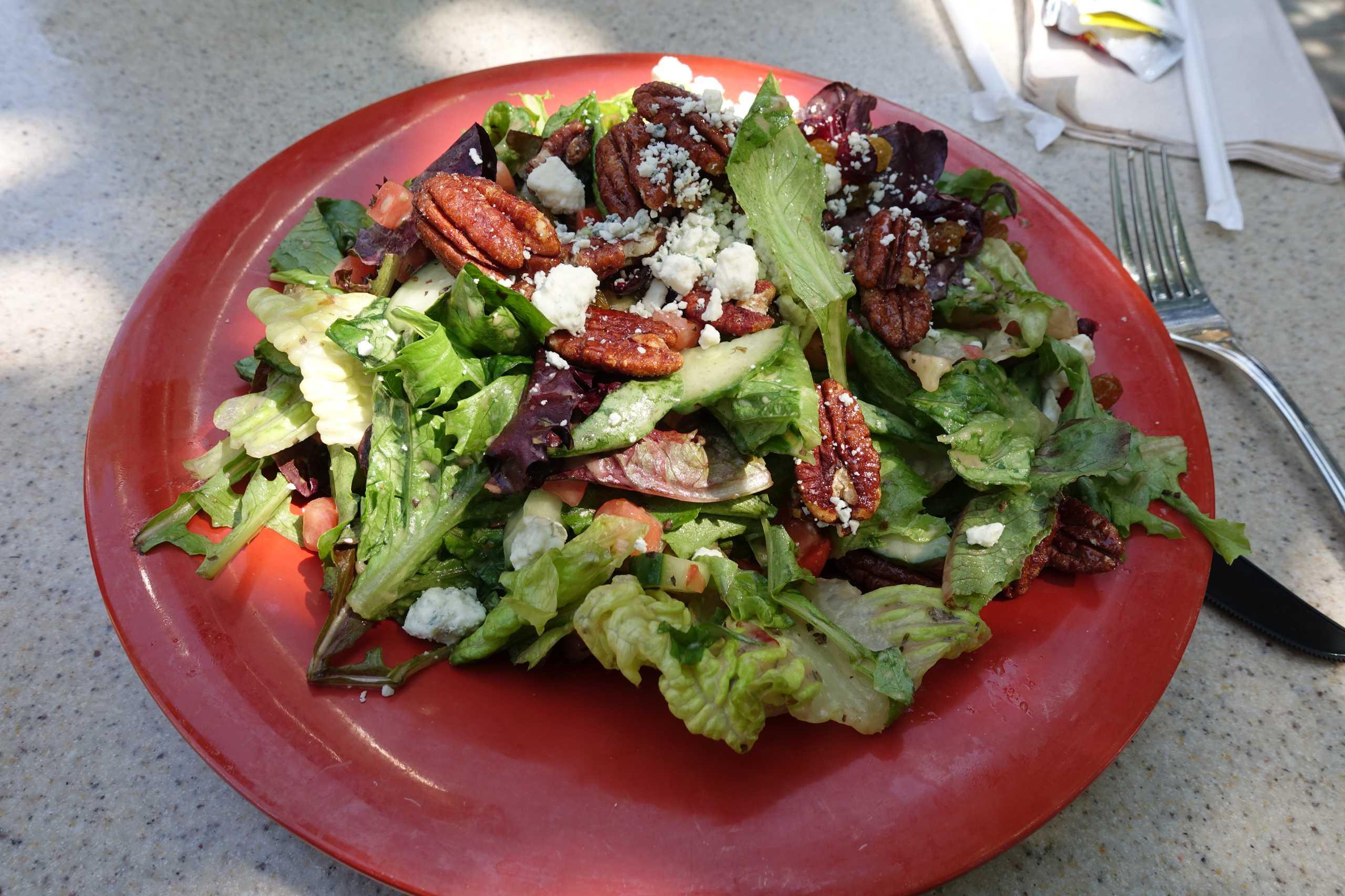 User leckerer Salat zum z'Mittag
