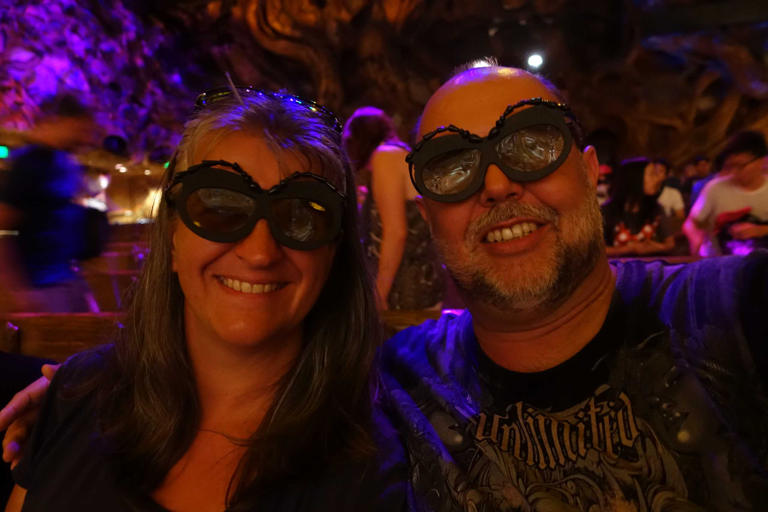 Monica und Reiner mit ihren Puck die Stubenfliege 3D Brillen